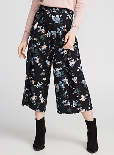 Box-pleat culottes