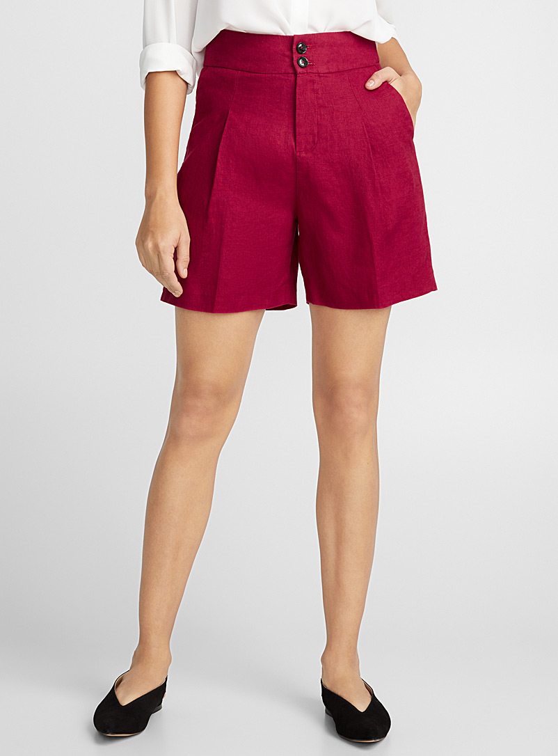 pure-linen-pleated-shorts