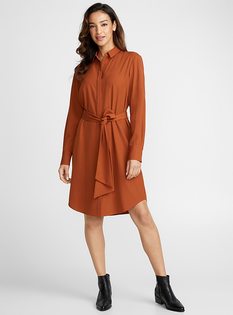 belted-shirt-dress