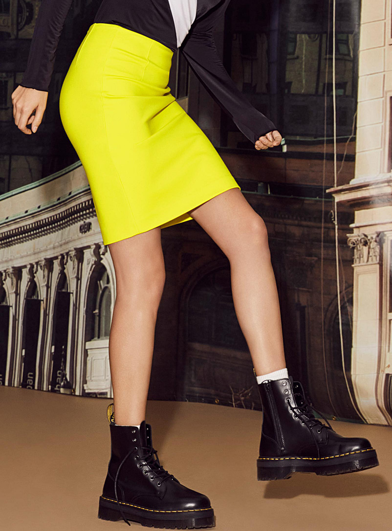 structured-jersey-pencil-skirt
