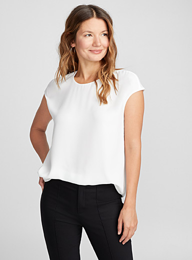 Cap-sleeve fluid crepe blouse