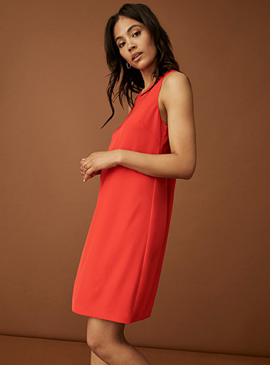Fluid cutaway shoulder dress