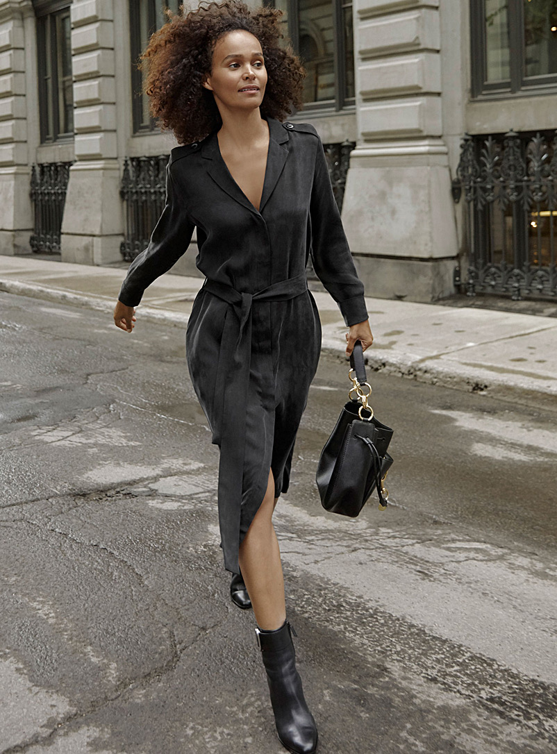 La robe trench satinée - Robes chemises - Noir