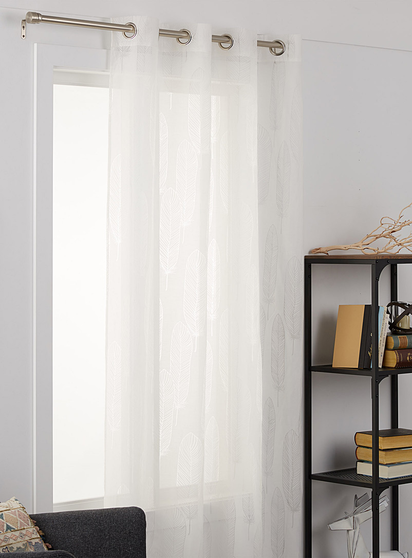 transparent-feathers-sheer-curtain-br-132-x-213-cm