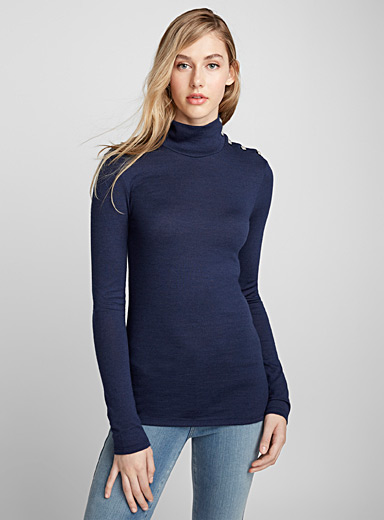 Buttoned-shoulder high neck sweater