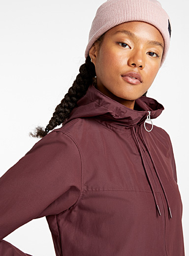 Built-in hood anorak
