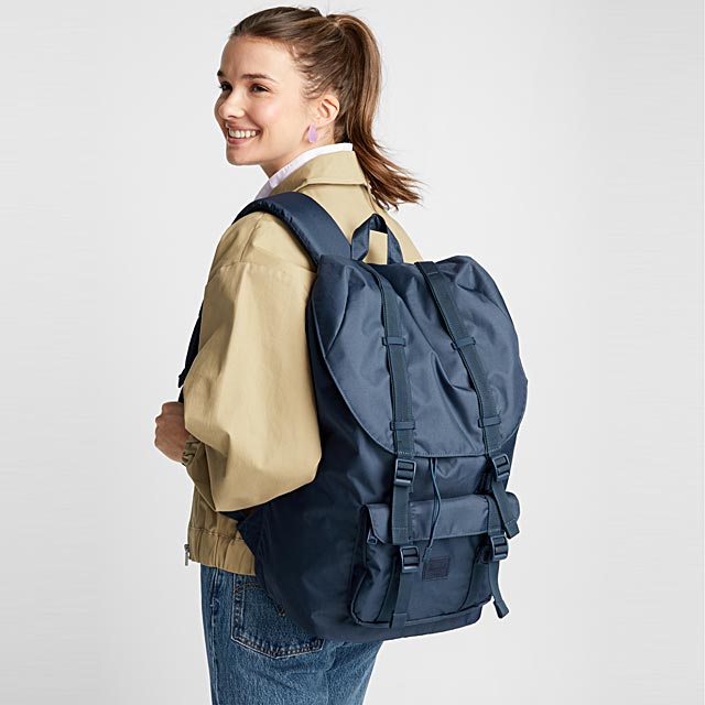 little-america-light-backpack