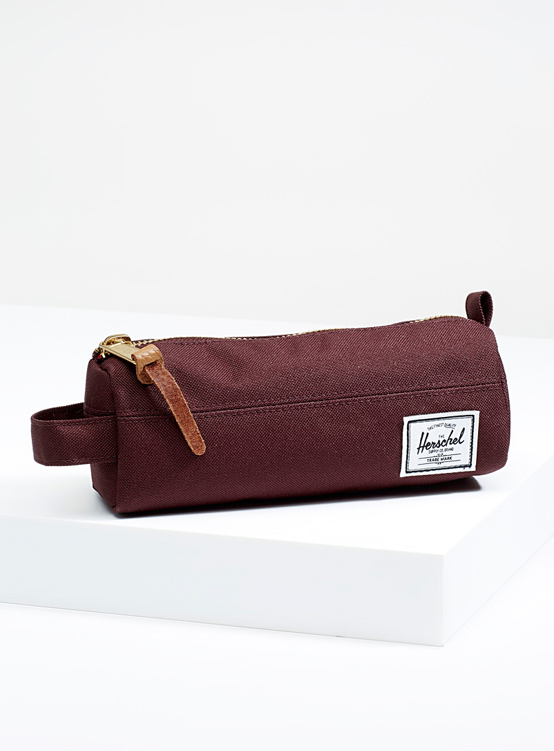 Settlement pencil case - Assorted Extras - Ruby Red