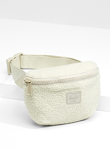 Sherpa Fourteen belt bag