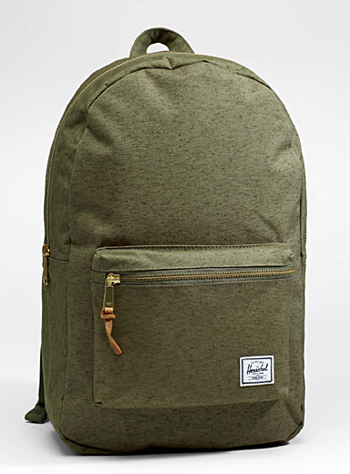 Settlement solid backpack