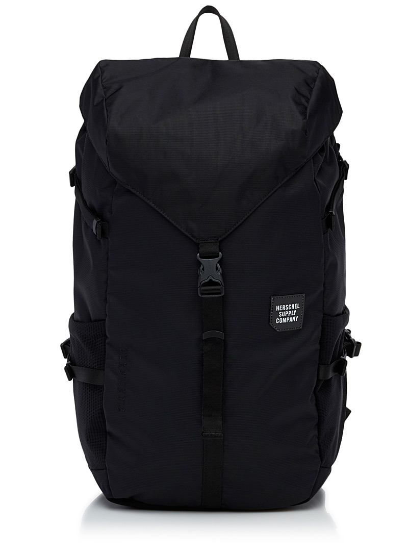 barlow-waterproof-backpack