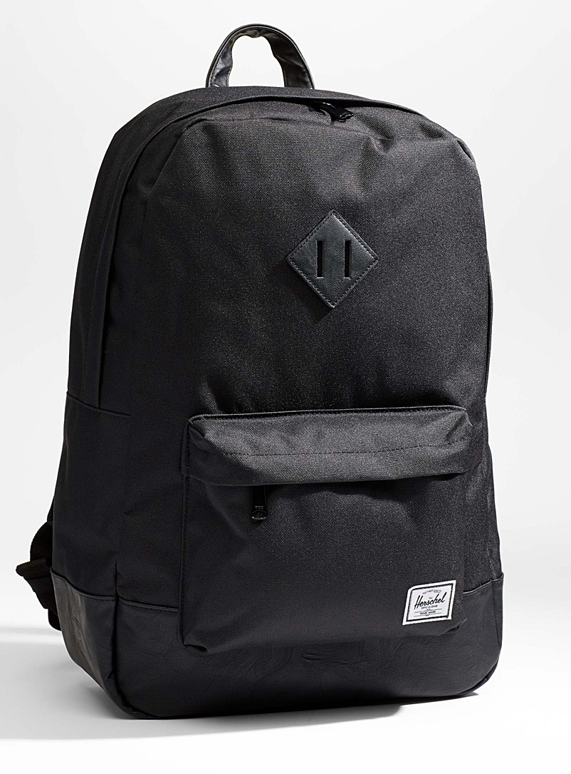 Herschel Black Heritage 21.5 litre backpack for men