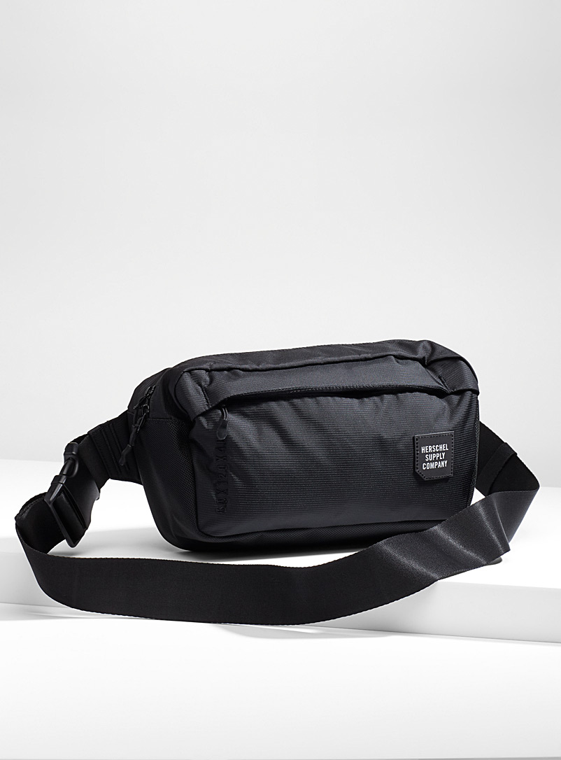tour-medium-belt-bag