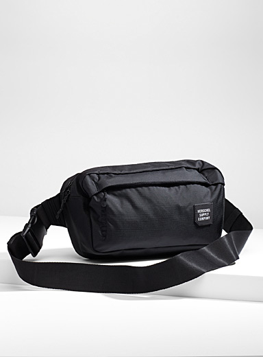 Tour medium belt bag