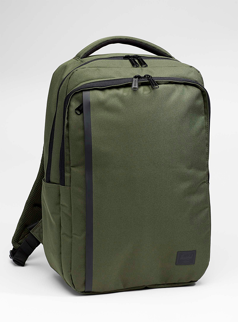 travel-daypack-backpack