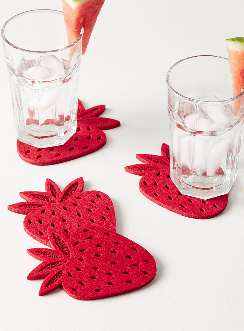 Delicious strawberry felt coasters  Set of 4 - Trivets & Coasters - Red