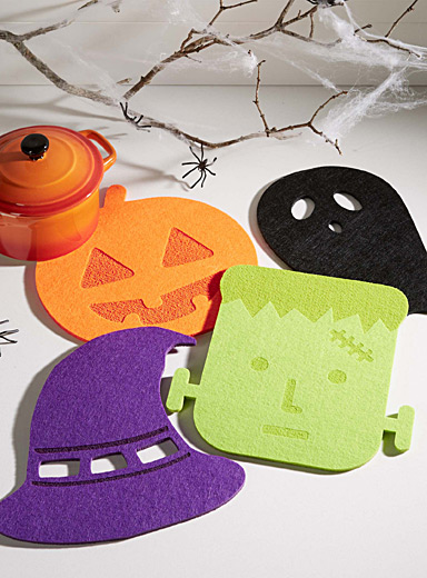 Halloween madness felt trivets  Set of 4