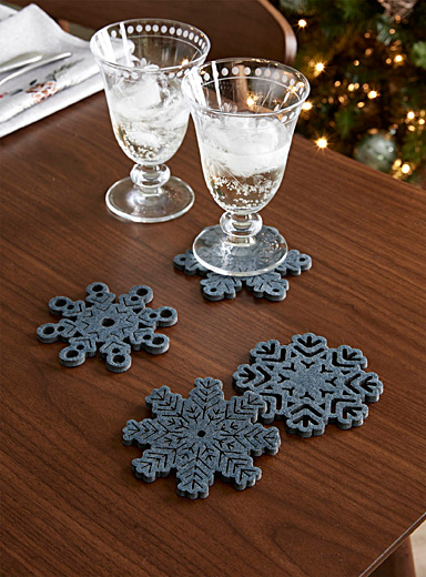 Soft snowflake felt coasters  Set of 4