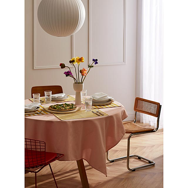 vintage-pink-woven-micro-check-tablecloth