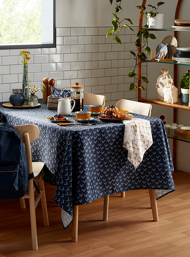 Indigo current tablecloth