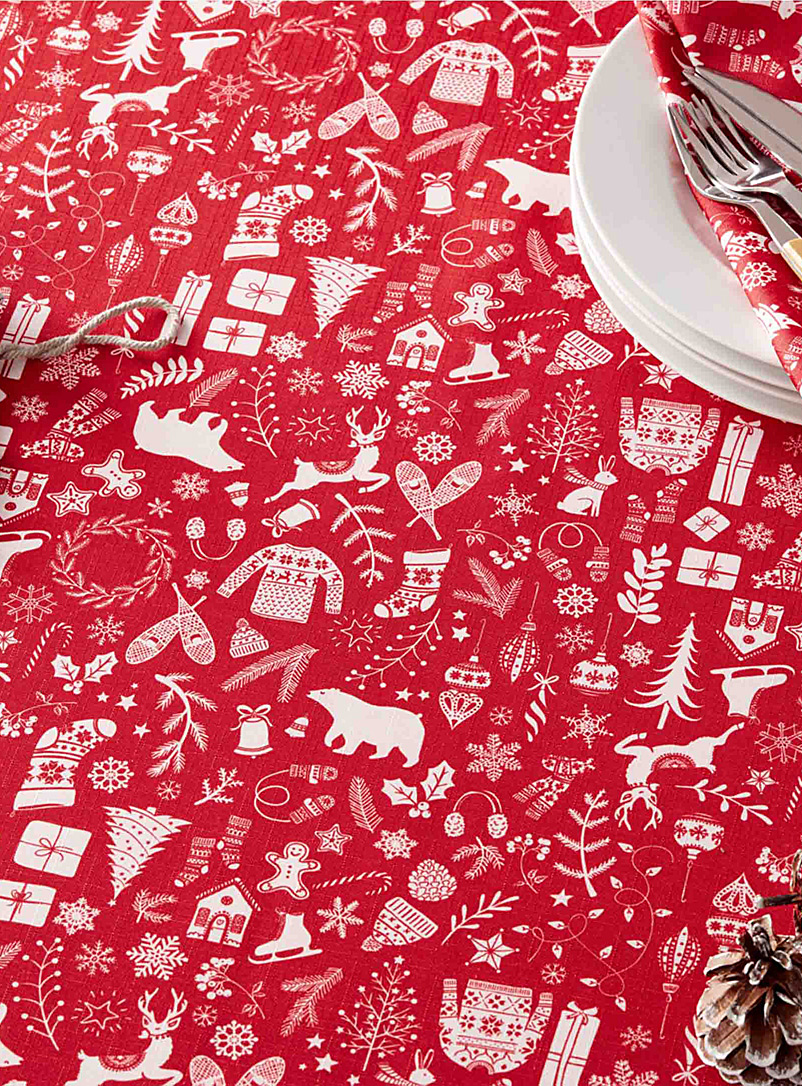 Simons Maison Patterned Red Christmas vacation tablecloth