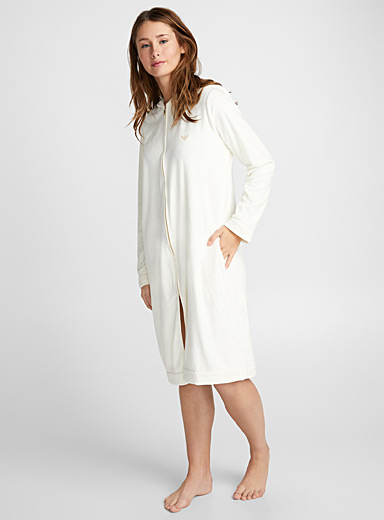 Ultra soft zip robe