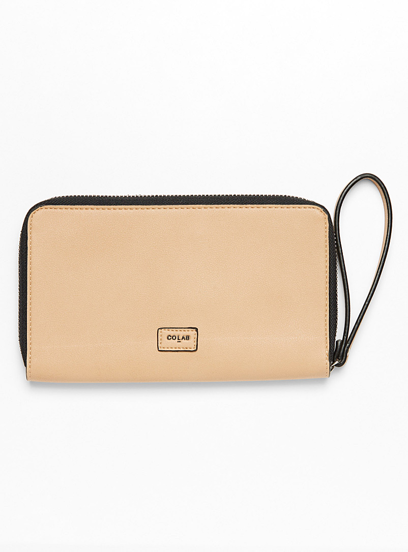Wristlet strap wallet - Clutches and Minaudieres - Honey