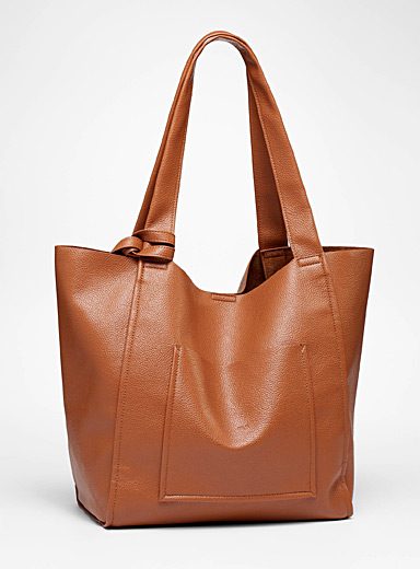 Oversized grained tote