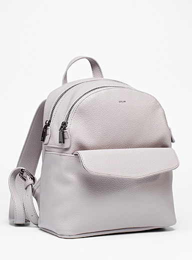 Small grained backpack