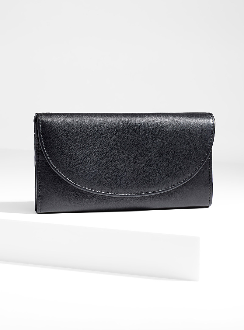 Simons Black Maxi-pocket wallet for women