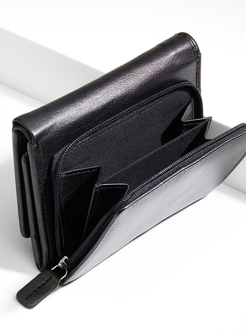 Simons Black Leather bi-fold wallet for women