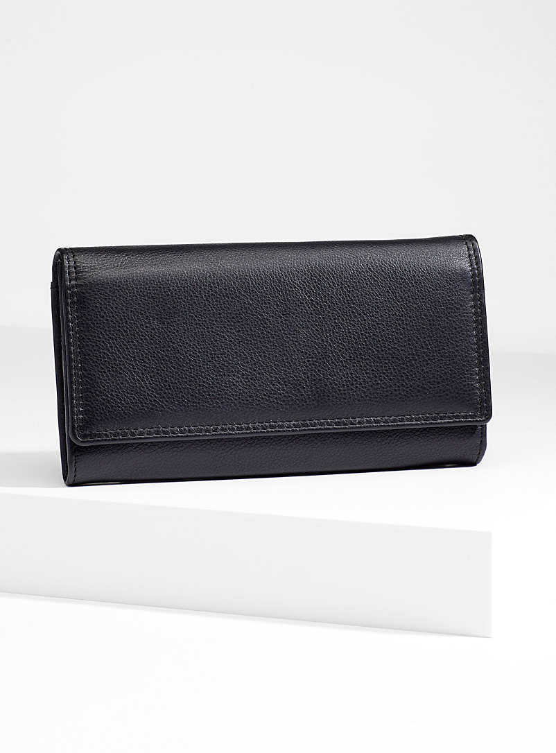 Simons Black Three compartment leather wallet for women