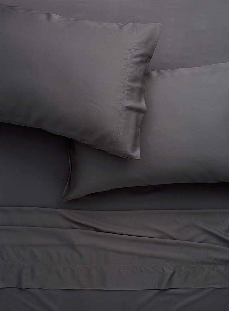 Simons Maison Light Grey Bamboo rayon sheet set, 300 thread count  Fits mattresses up to 16 in.