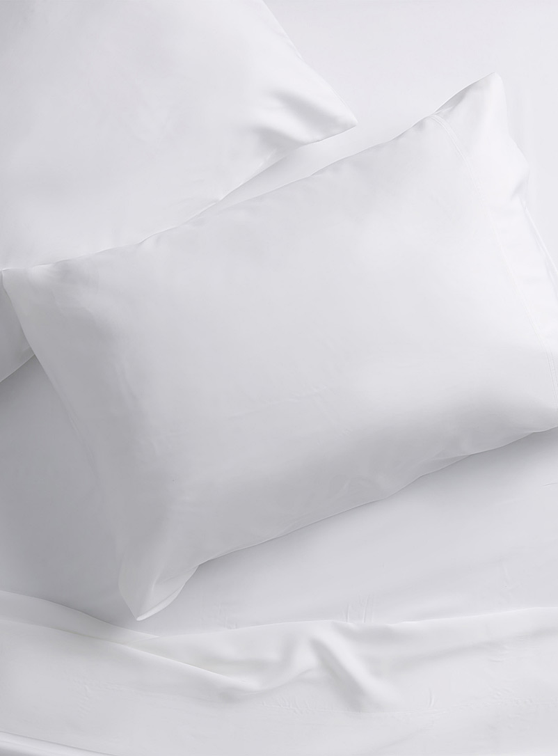 Simons Maison White Bamboo rayon pillowcases, 300 thread count  Set of 2