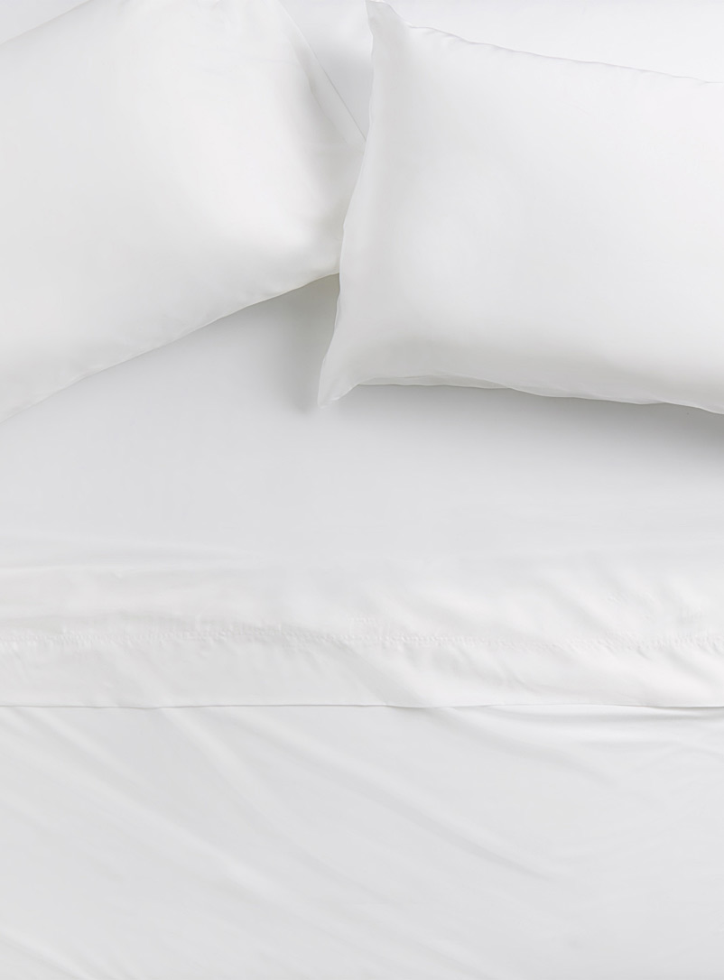 Simons Maison White Bamboo rayon sheet set, 300 thread count  Fits mattresses up to 18 in.