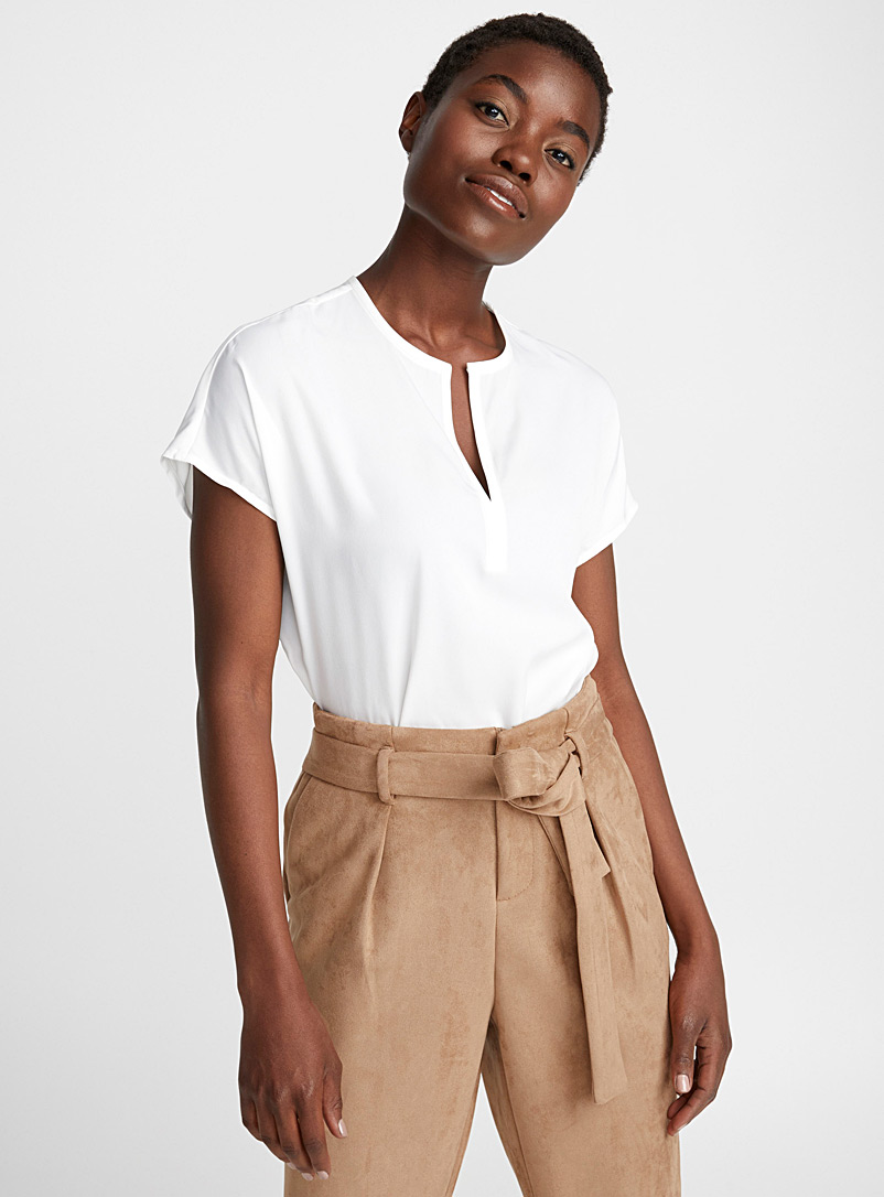 Split-neck minimalist blouse - Blouses - White