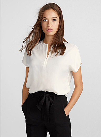 Split-neck minimalist blouse