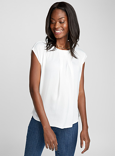 Hammered satin pleated-collar blouse