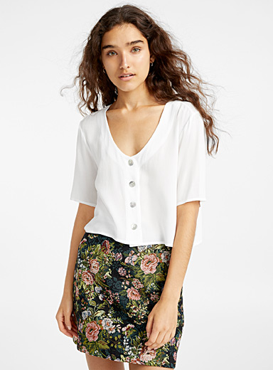 Cropped iridescent button blouse