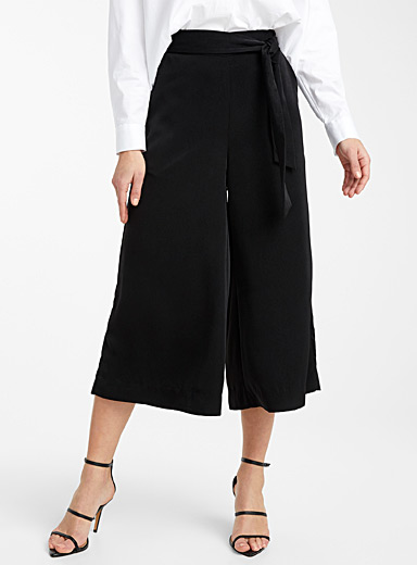 Icône Black Silky tie-waist culottes for women