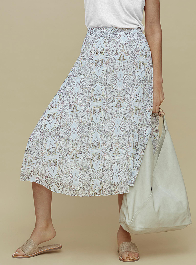 Contemporaine Patterned White Pleated recycled chiffon skirt for women