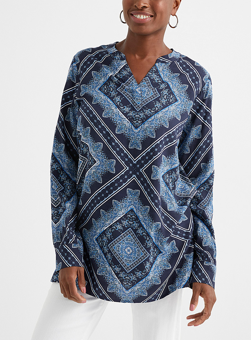 Contemporaine Patterned Blue Slit collar printed fluid tunic for women