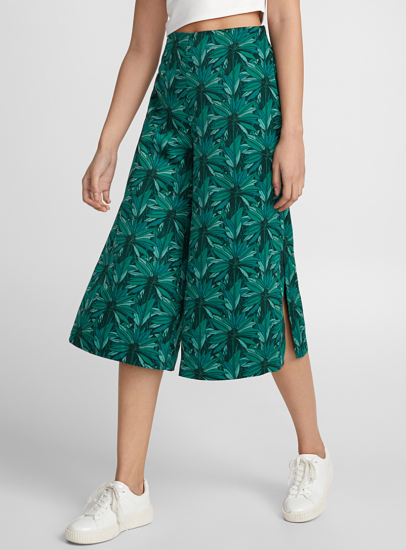 Silky ultra loose culottes - Cropped pants - Patterned Green