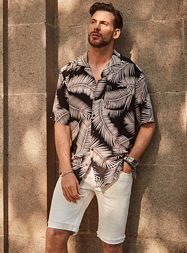 Printed camp shirt <br>Semi-tailored fit