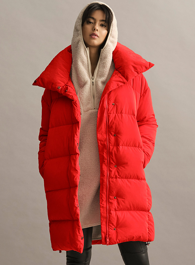 Icône Red Peachskin finish down puffer jacket for women