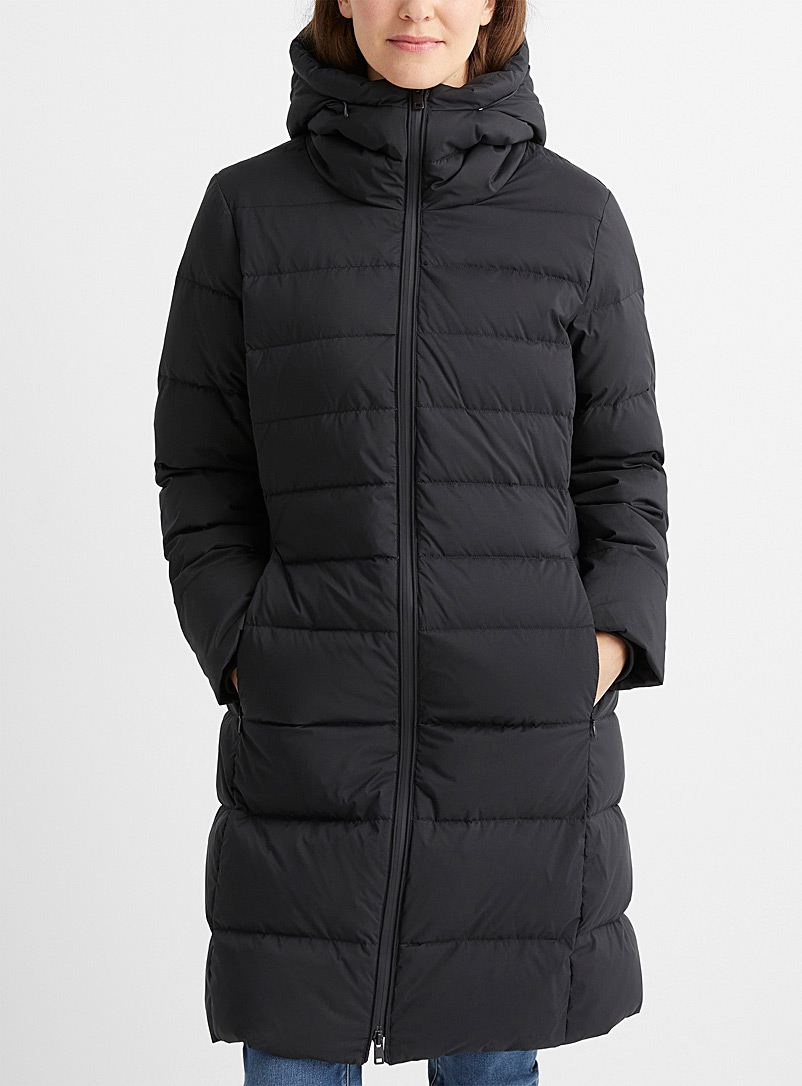 Recycled polyester and responsible down fitted puffer jacket