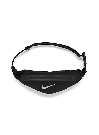 Stretch waist pack