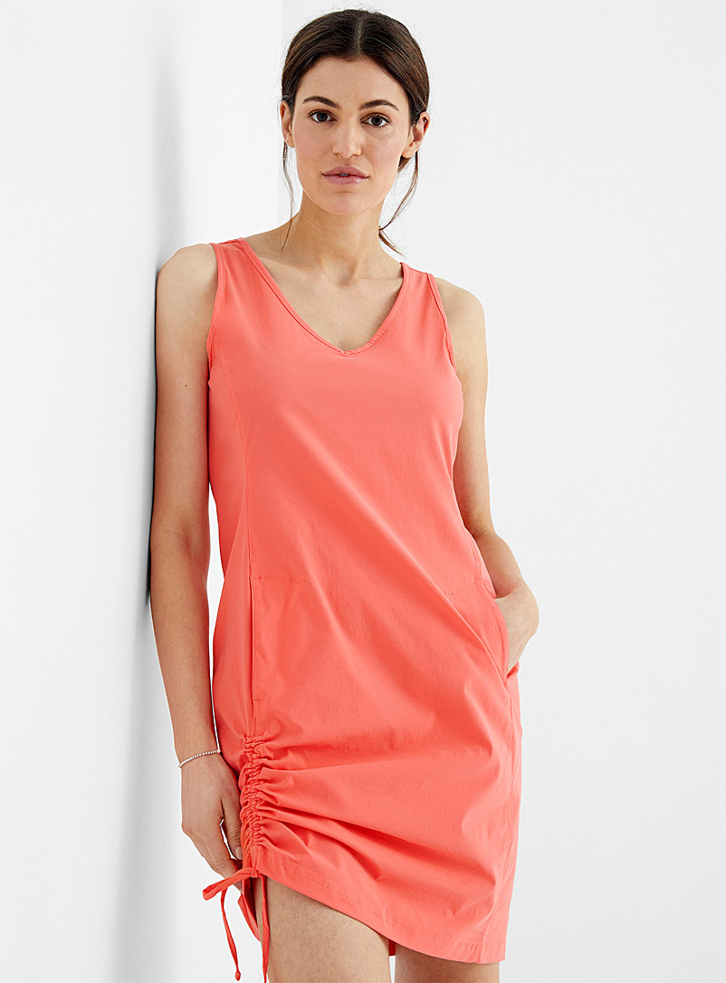 Columbia: La robe extensible Anytime Casual III Corail pour femme