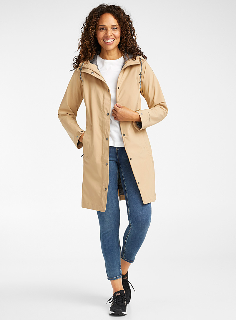 Columbia: Le trench ceinturé Long And There Sable pour femme