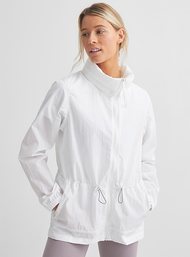 Columbia White Wild Willow summer windbreaker Adaptable relaxed fit for women